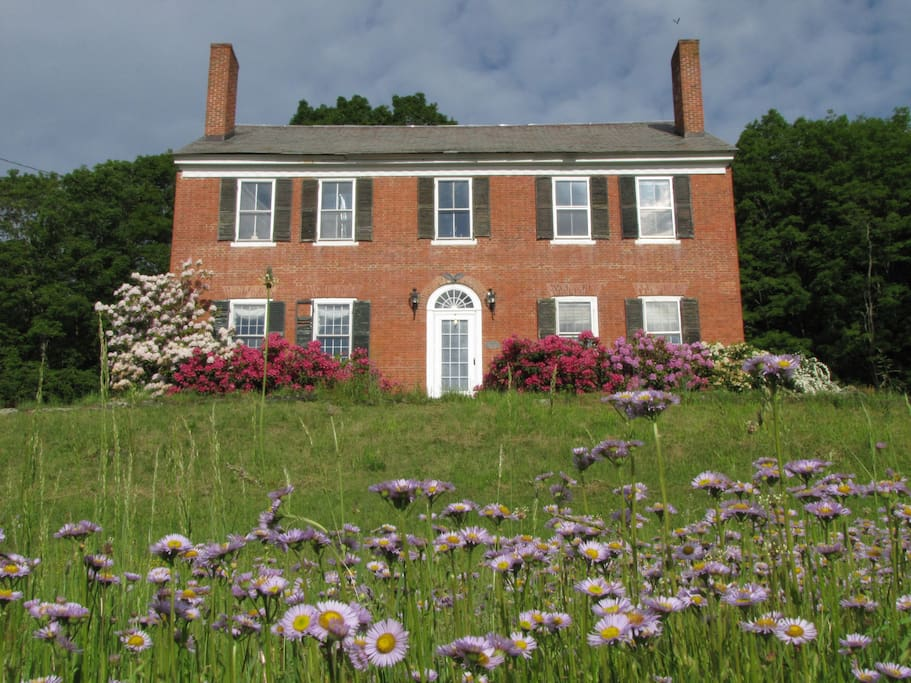Built in 1810, East View Farm was once a stagecoach inn.