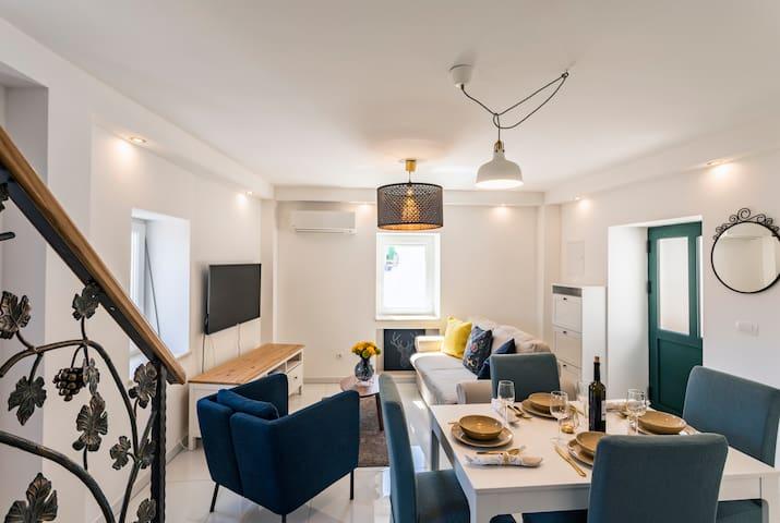 The Charm Heritage Villa - Duplex Suite