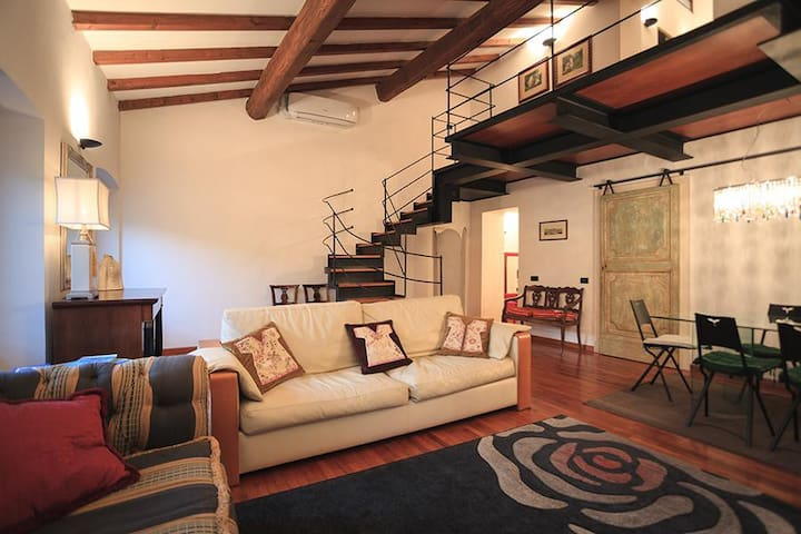 Beautiful apartment in the heart of Sarzana