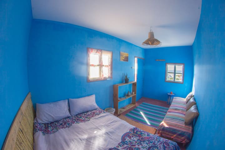 Beach hostel double room sea view - Essaouira - Huis