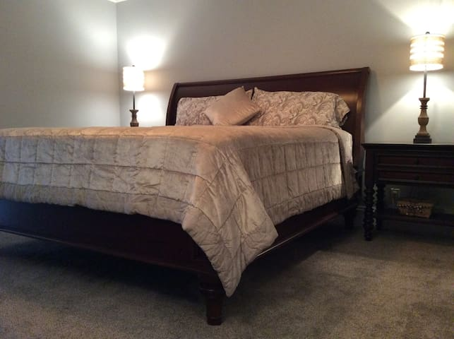 Private Guest Suite; Private Entry/Living/Bed/Bath