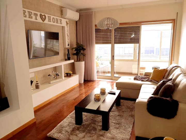 Apartment with 2 bedrooms in Braga, with furnished balcony and WiFi