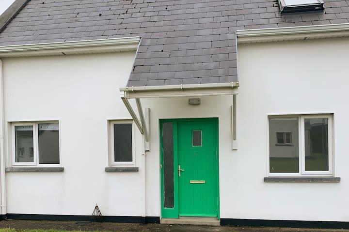Tranquil Burren cottage