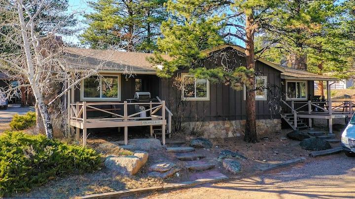 Family Friendly Duplex Cabin 11