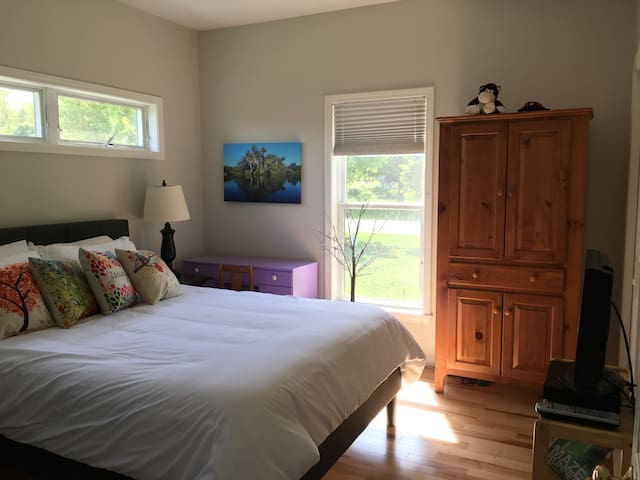 Comfortable private room in Petoskey