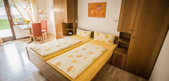 Gästehaus Gaby, (Bad Bellingen), Appartement 1, 30 qm, 1 Wohn-/Schlafzimmer max. 2 Personen