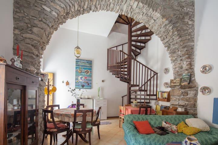 Una casa nel borgo del 1400 in Toscana