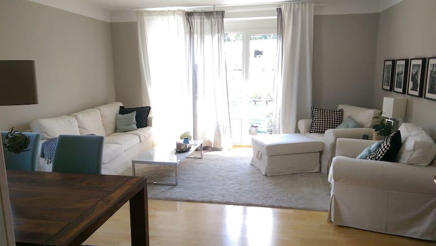 Komfortable, gemütliche Wohnung in bester Lage - Ingolstadt - Pis