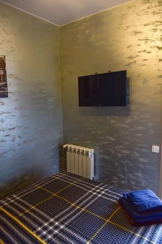 Спальня с smart TV