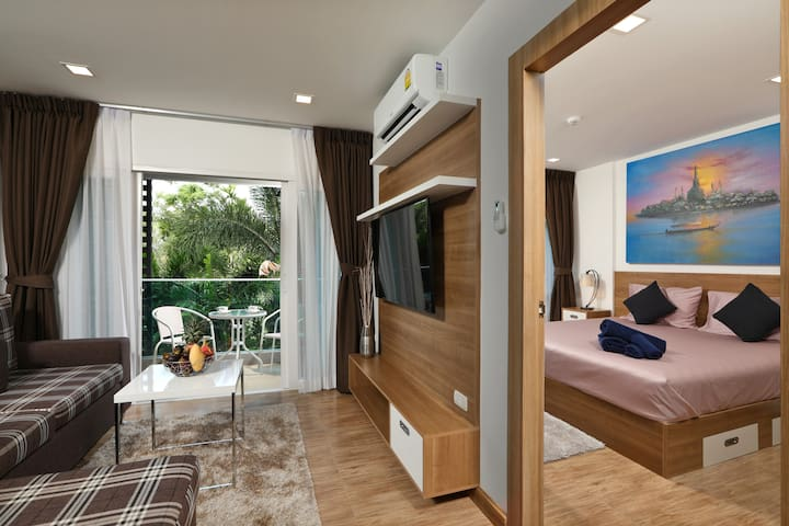 Brand new Apartment in Nai Harn at Calypso Condo