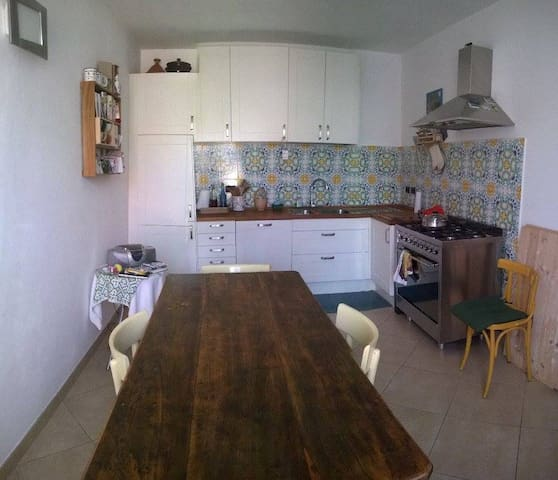 Hospitable house, zone center. - San Colombano al Lambro - Casa