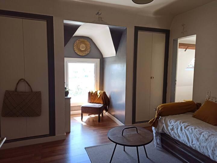 Suite confortable et cocooning,proche des remparts