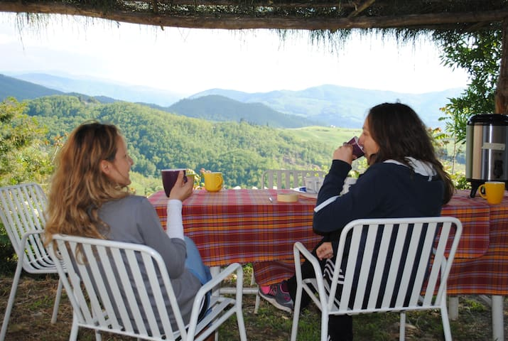 Farm hosting in Tertulia - Vicchio - Bed & Breakfast