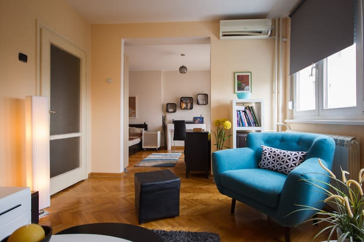 SUPER CENTRAL - LOVELY APARTMENT