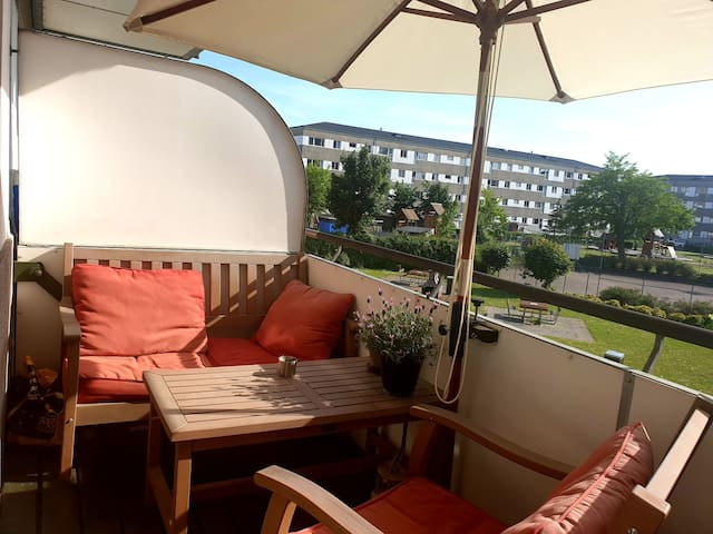 Nice apartment near the beach, airport and metro