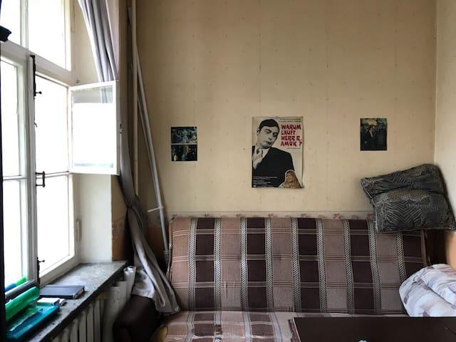 Комната за кухней для ночевки