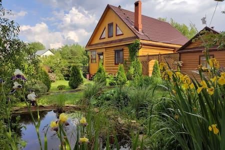 Дача мечты под Казанью на реке Шемелка, озеро, сад