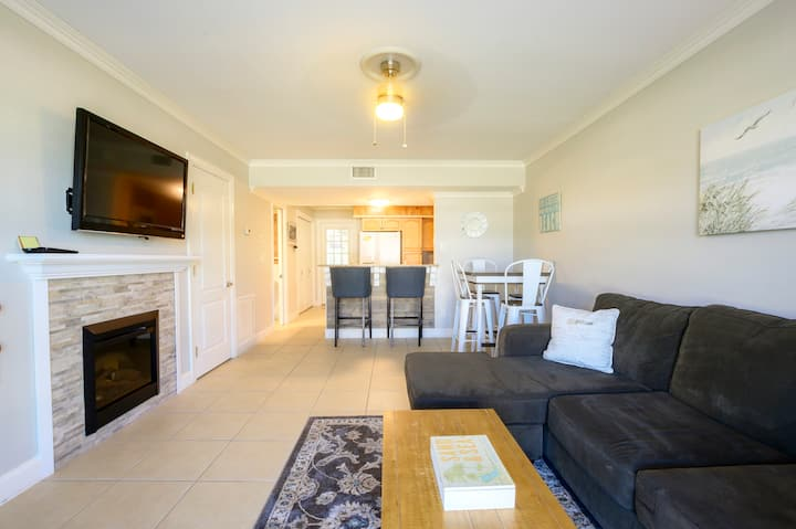 Remodeled New Smyrna Beach Townhouse