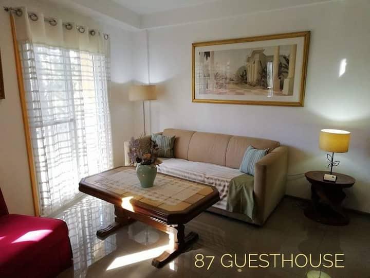 Cozy budget unit, Unit C 87 guesthouse, Baguio