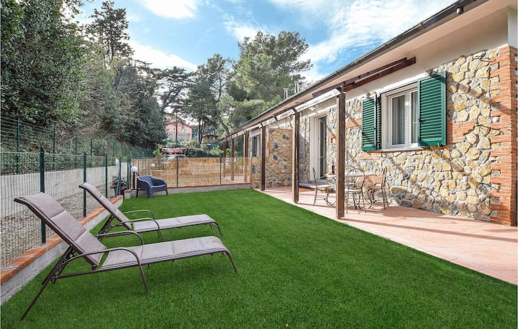 Semi-Detached with 2 bedrooms on 66m² in Rosignano Marittimo