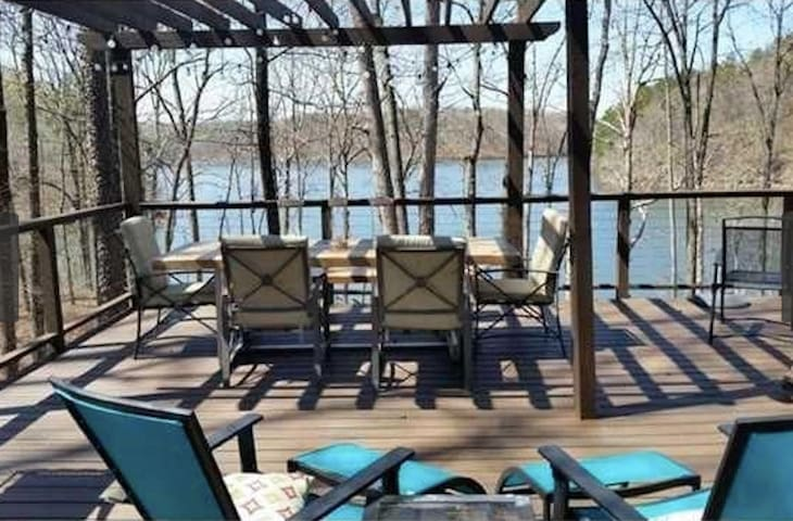 Cabin with a view on Lake Lanier - Gainesville - Huis