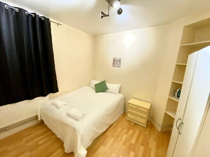 Amazing 1 Bedroom Flat near Tower Bridge