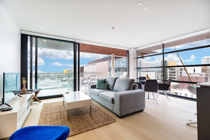 Stunning Luxury Condo at the Auckland Waterfront