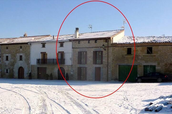 Casa completa a 15 km de Pamplona