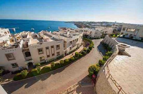 Family apartment with sea view in sharks bay