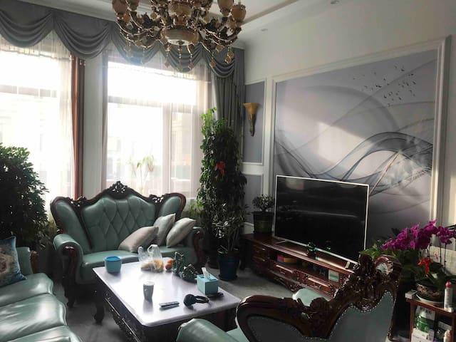哈尔滨中央大街冰雪大世界民宿