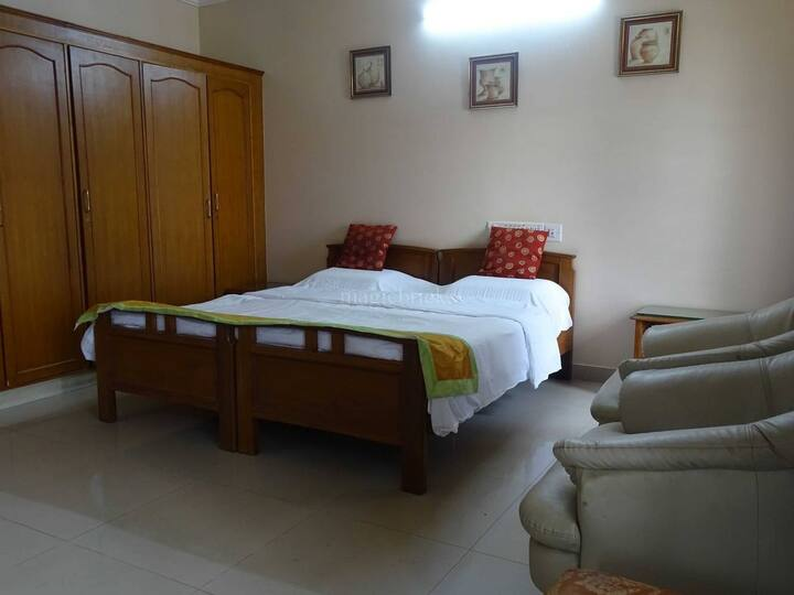 Cozy Studio and 1Bhk rooms for short & Long stays