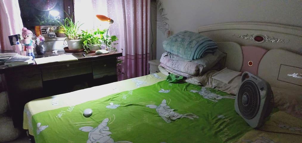 干净温馨的家!