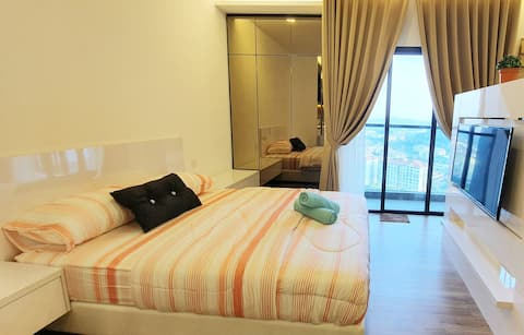 (2)Modern Homely Suite: Free Wifi;Parking;Netflix
