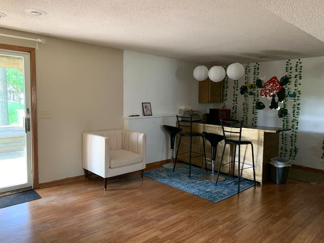 Rent bedroom in Minneapolis- Peaceful