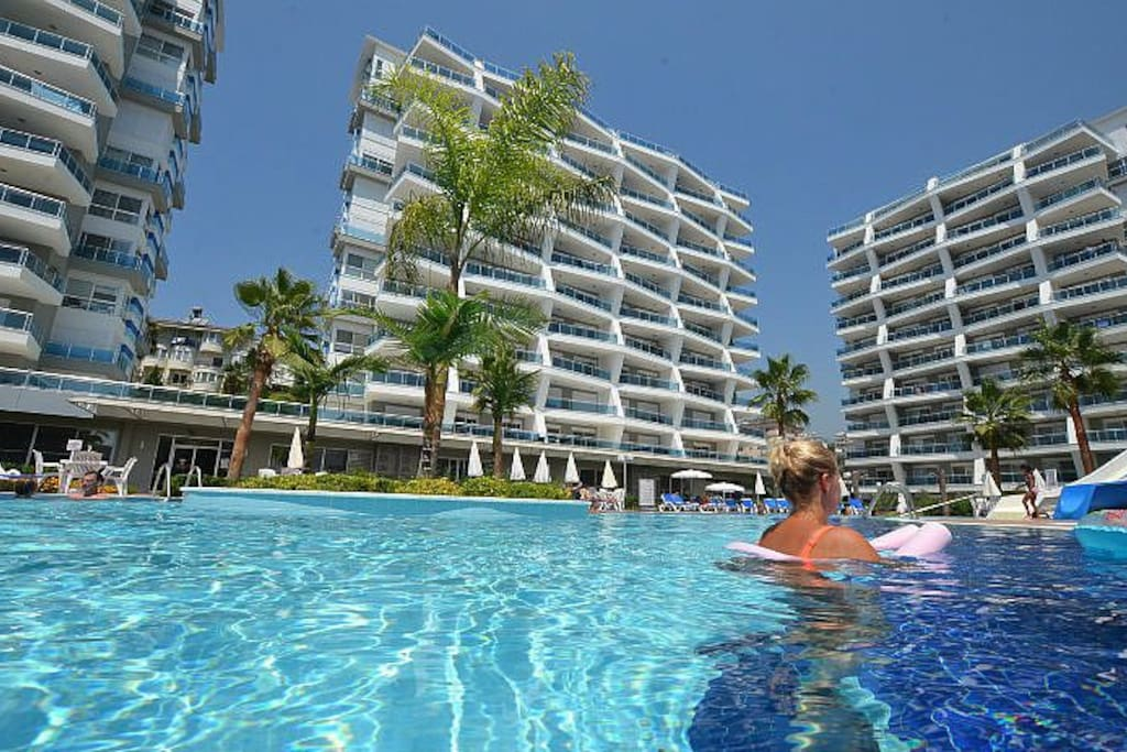Common pool Cristal garden 5 star facilities apartment Holiday and Housing Oh La La Mosae.