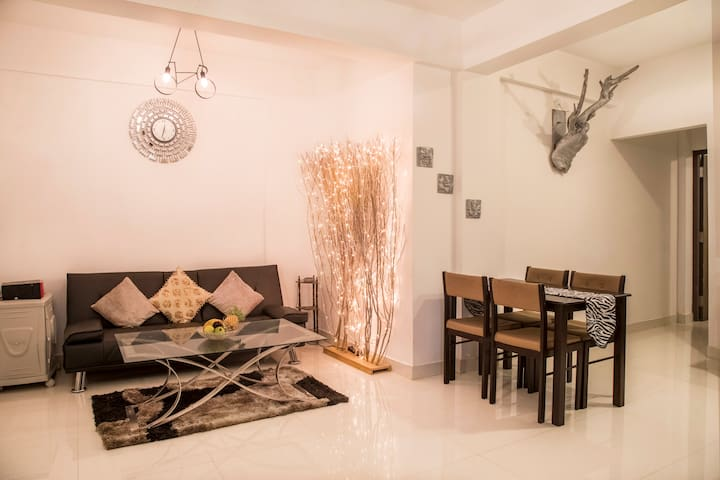 Forest View 1BHK | 5 mins from Vagator Beach| Pool
