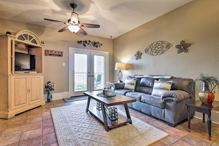 NEW-1st-Floor Condo w/Balcony+Patio on Canyon Lake
