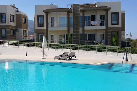 Müstakil ev konforunda daire - Girne - Apartament