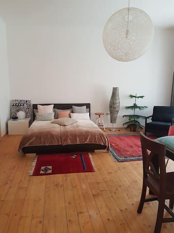 3 Zimmer Wohnung mit Terasse inkl. Garagenplatz