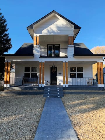 The Cotton House...Downtown Pagosa BRAND NEW!