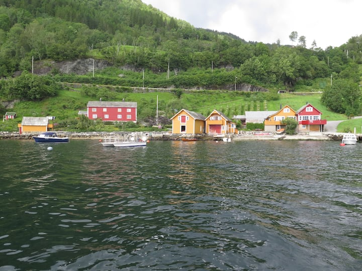Sjøloftet by Hardangerfjord