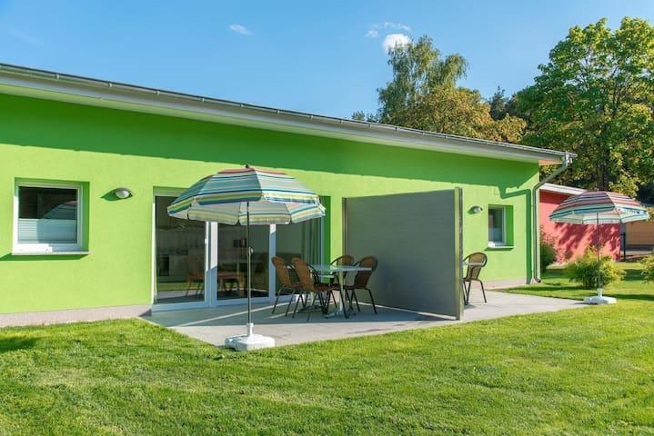 Bungis Ferienhäuser am Grimnitzsee ***Karree Haus 6