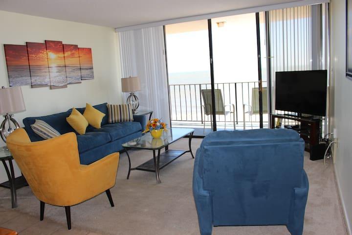 "Oceanfront  suite - "" Larger than most!"" - Murrells Inlet - Appartement en résidence"