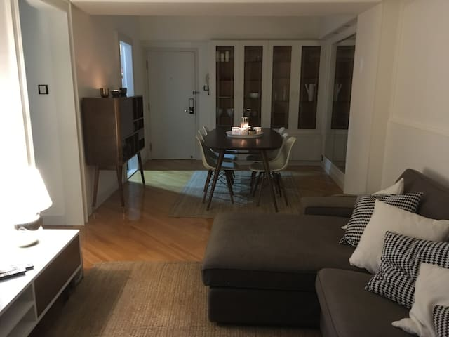 Awesome 2 Bedroom Apartment in fantastic Location