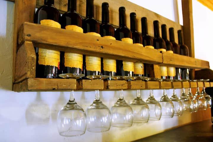 WINE VANULT