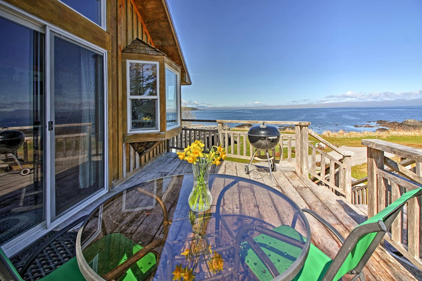Get the most out of your getaway at this vacation rental studio Coffman Cove!