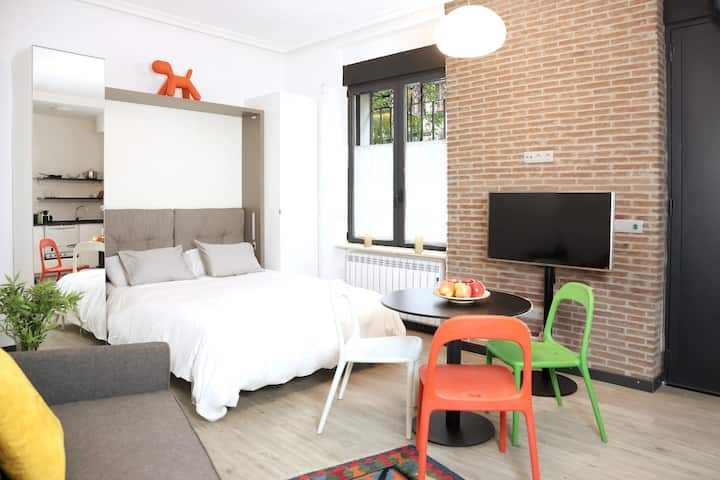 Unique loft in best area of Madrid - Wifi& Netflix