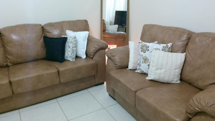 Hostel Familiar e Estudantil (Home and Bussines)