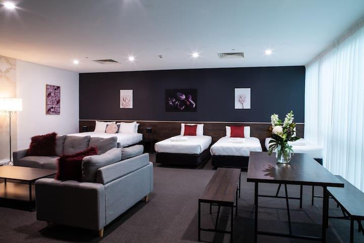 Sfera's Park Suites - Loft Suite