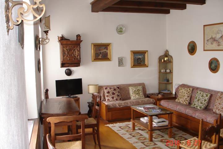 Appartamento su due piani nel cuore di Cortina. - Cortina d'Ampezzo - Apartament